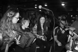 NYAH Irish Authentic Traditional Music: Lilting and Dance - Smell of the Bog Seisiún 2014